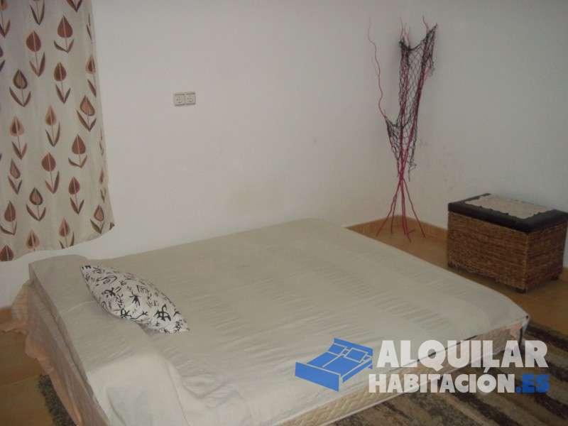 Foto 94 Alquilo habitación en mi casa en Lorquí, pueblo tranquilo situado junto al rio Segura. Practico la medicina tradicional china, acupuntura, masaje y