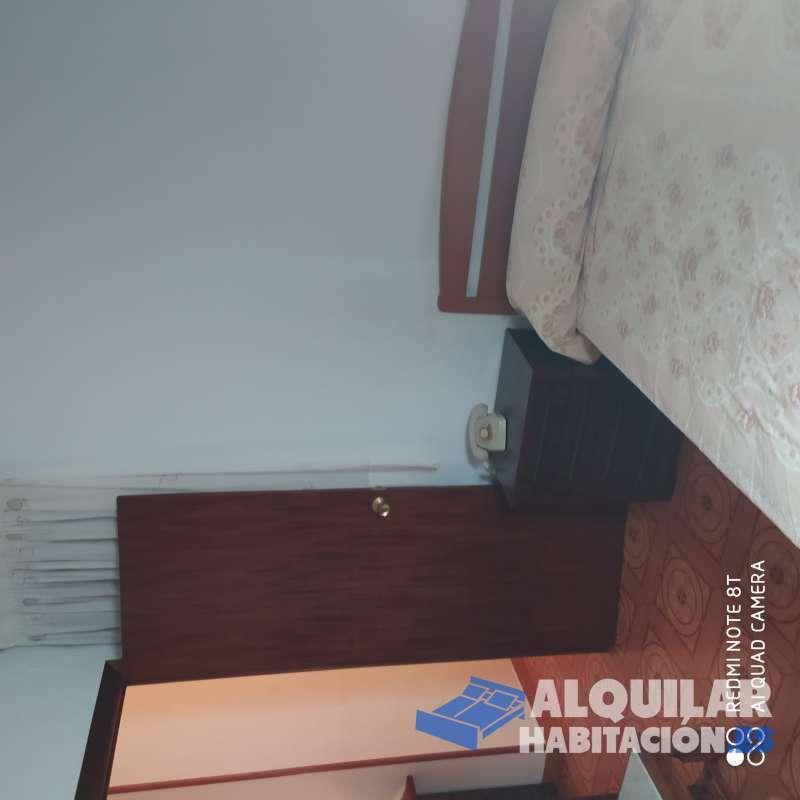 Foto 482 Habitación doble en Hospitalet, bien situada, ambiente familiar